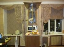 Выбираем-подходящие-кухонные-шторы