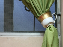 Use-Teacups-As-Curtain-Tiebacks-Intro