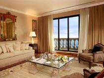 Beautiful-Classic-Living-Room-1920x1080