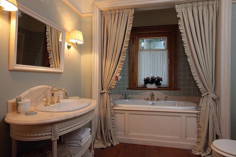 Дизайн шторы для ванной комнаты