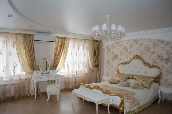 Создание помещения в классическом стиле возможно с помощью свременных материалов и технологий