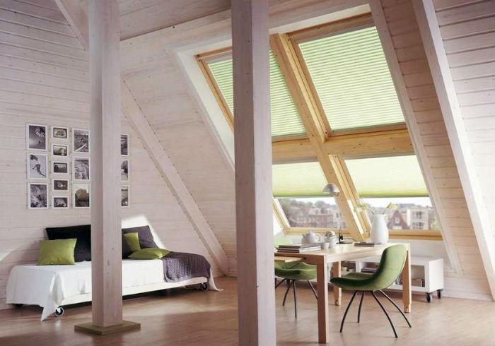 Рулонные и плиссе шторы – функциональное и очень удобное решение для наклонных окон