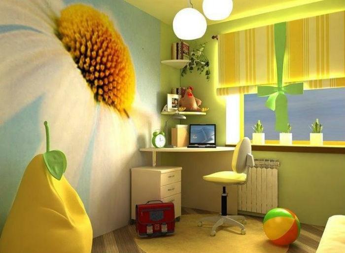Жалюзи для детской комнаты должны легко чиститься или сниматься для стирки, на фото римские занавески, которые крепятся к карнизу на липучку