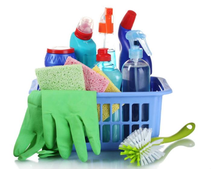 При работе используйте перчатки, чтобы не повредить кожу рук химикатами и острыми гранями ламелей