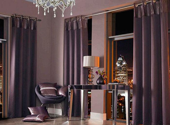 Габардин – универсальный материал для изготовления штор под разные стили интерьера, в зависимости от модели, такая композиция будет уместна и в помпезном рококо и в строгом хай теке