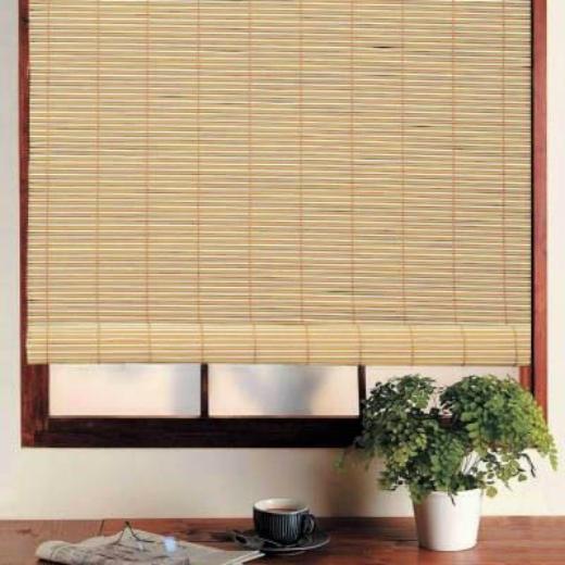 Фото-пример рольшторы из бамбука