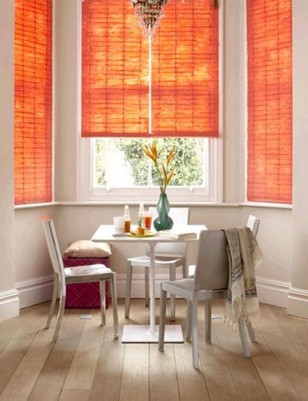 Яркие шторы - изюминка кухни