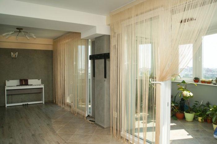 Нитевые шторы позволяют организовать пространство полное света и воздуха