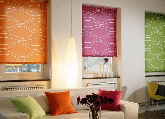 При правильном выборе рулонные шторы станут настоящей изюминкой в дизайне Вашего дома, как это показано на фото