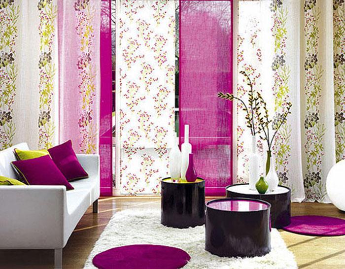 Японские шторы-панели в интерьере гостиной