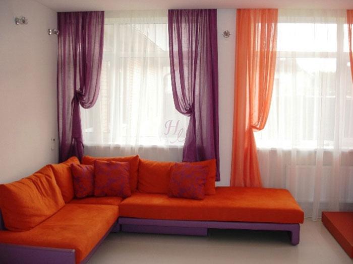 Цвет штор должен гармонировать с предметами интерьера