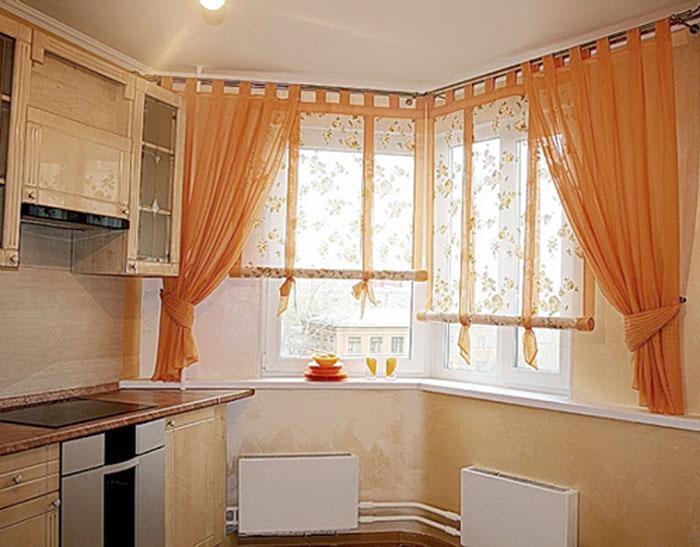 Кухонное помещение в оранжевой цветовой гамме