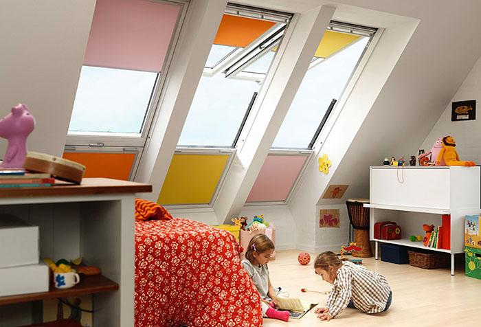 Шторы на вашей мансарде должны защитить помещение от солнца, создавать атмосферу комфорта и уюта